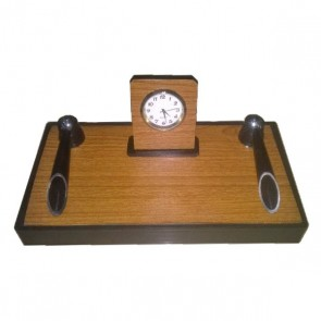 Executive Pen Stand With Analog Clock