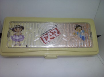 DAR plastic pencil box with game small
