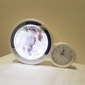 Magic Mirror – Photo Frame With Clock